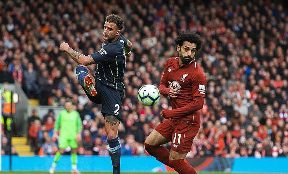Premier League: Liverpool y Manchester City empatan para seguir punteros