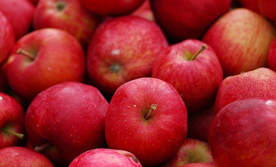 Científicos descubren que molécula en manzana alarga la vida hasta 5 años