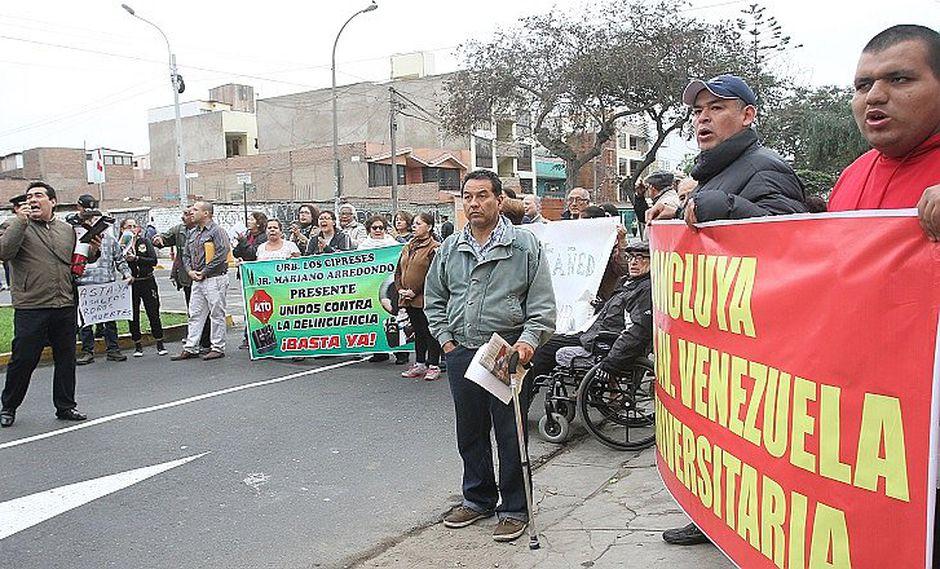 Cercado de Lima: Vecinos protestan y piden terminar con bypass