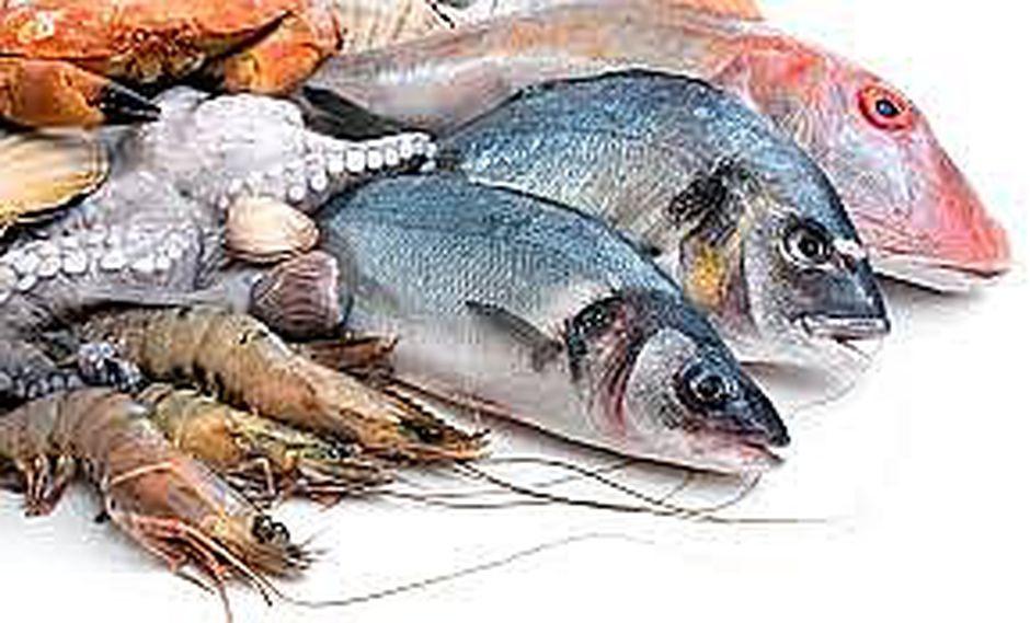 Partes más nutritivas en proteínas y omega 3 del pescado van a la basura