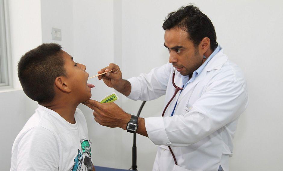 Advierten incremento de emergencias por neumonías y bronquitis