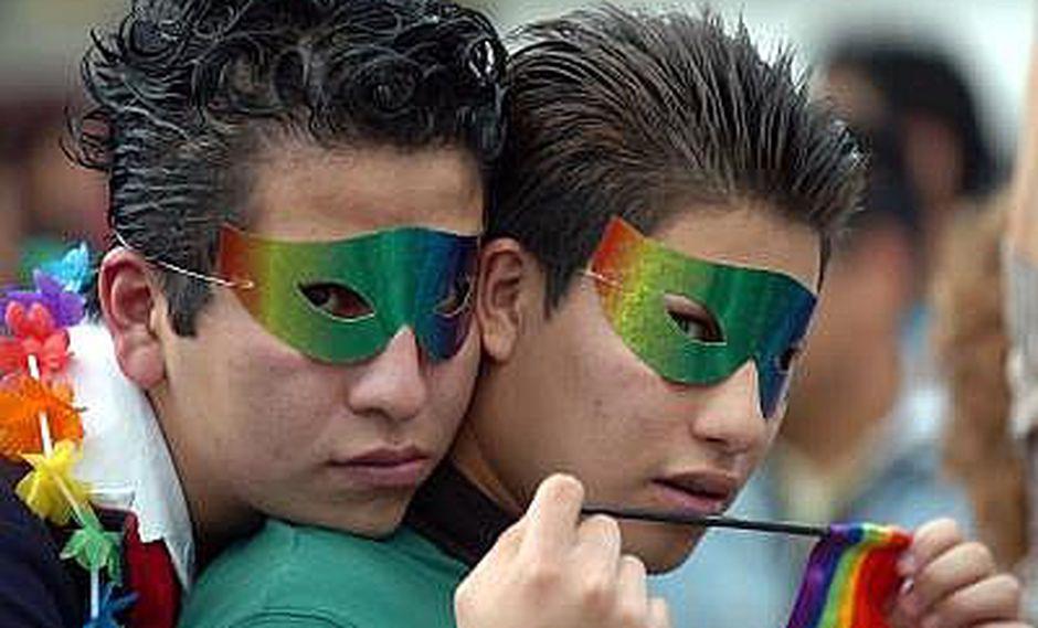 Iglesia cuestiona retiro de homosexualidad como enfermedad mental