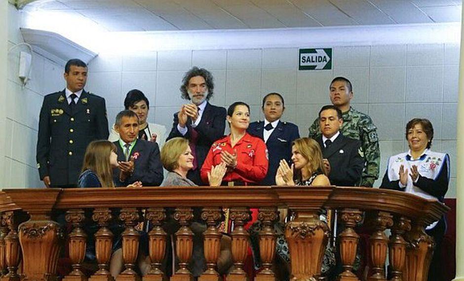 Fiestas Patrias: Nancy Lance estuvo acompañada de nueve personas por importante motivo