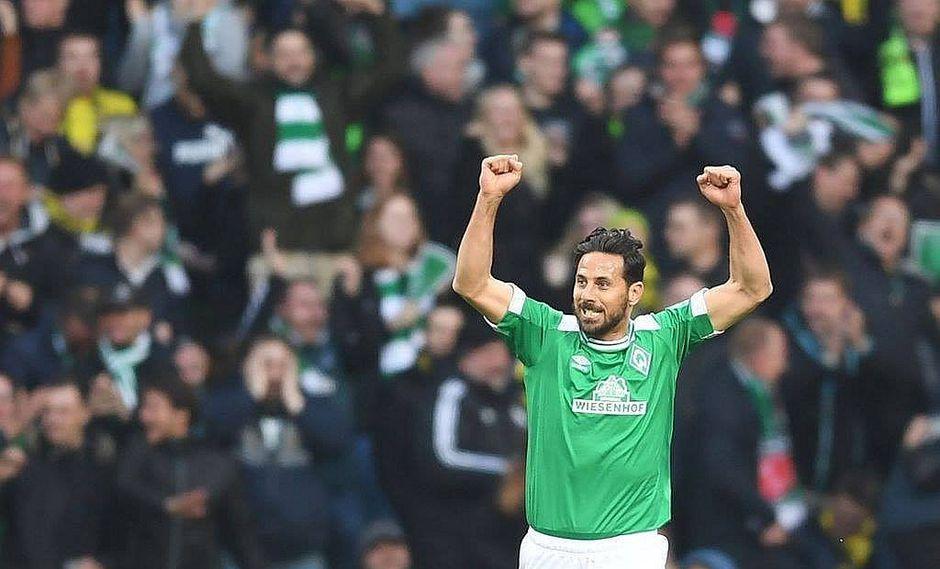 Claudio Pizarro anota un golazo para el Werder Bremen el mismo día que anuncia renovación (VIDEO)