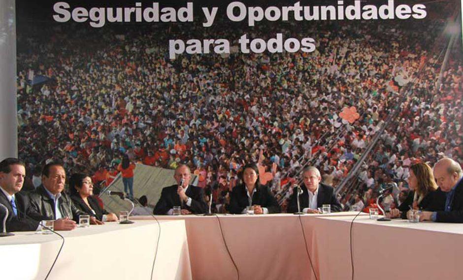Video: PPK, Castañeda, Reymer y Aráoz apoyan candidatura de Keiko