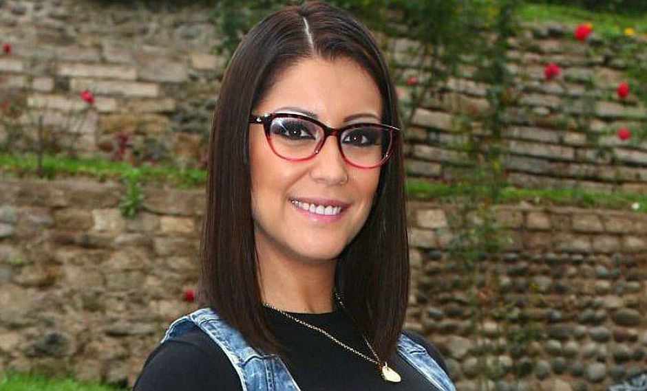 Karla Tarazona: aprende a maquillarte como ella